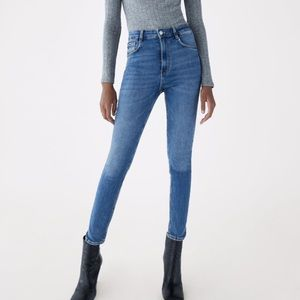Zara high rise sculpt jeans